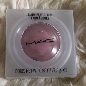 MAC-Glow Play Blush—Totally Synced